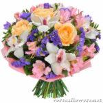 Выбираем практичный букет: какие цветы дольше всего стоят в вазе?