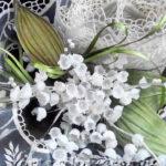 Как правильно пользоваться клеевой паутинкой для цветов из ткани