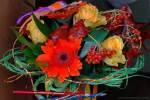 Доставка цветов в Саратове: каким должен быть букет к 1 сентября